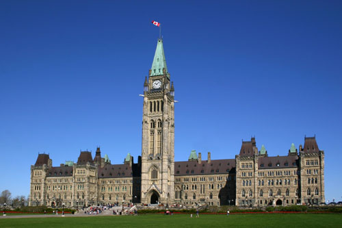 http://www.gothereguide.com/Images/Canada/Ottawa/Parliament_building.jpg
