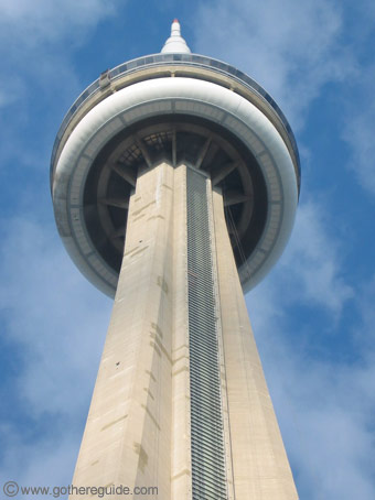 CN Tower Toronto - CN Tower Toronto information and pictures