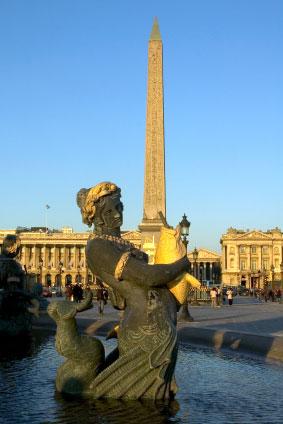 http://www.gothereguide.com/Images/France/Paris/Place_de_la_Concorde_obelisk.jpg